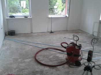 Podlaha před pokládkou