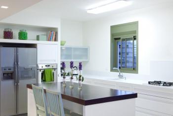 Ani na pohled dokonale čistá kuchyně není bez rizika