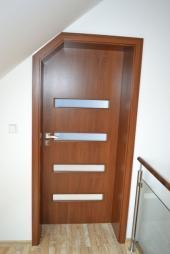 Moderní interiérové dveře, zdroj: www.dooreg.cz