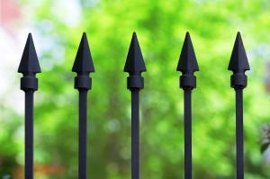 Hroty kovaného plotu, ilustrační foto (www.shutterstock.com)