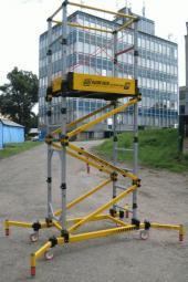 Foto: EMKOL, pojízdná plošina Towermatic T 200